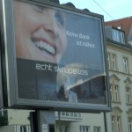 Von skrupellosen Banken und schlecht platzierten Plakaten