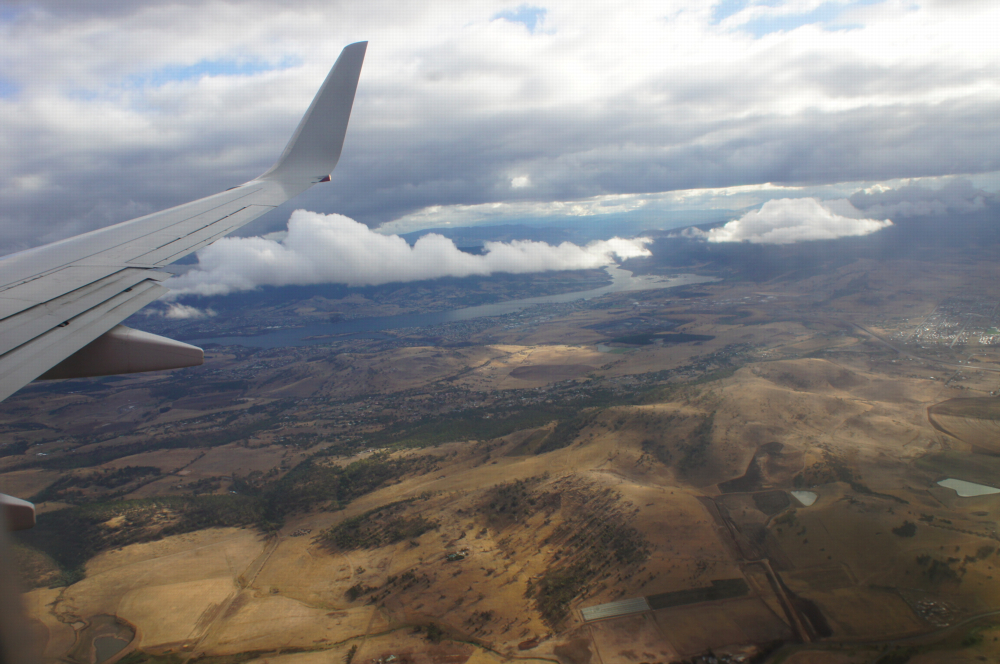 flying in to Hobart
