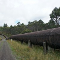 The wooden pipeline near Taralleah